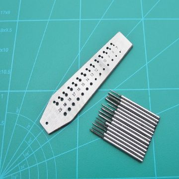 Taps Dies Screw Cutting Plate and Threading Taps Sizes 0.7- 2.0mm